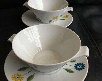 Nice retro porcelain soup bowls from California soup, looks simular like  Upsala Ekeby Ignis Bellis from Sweden