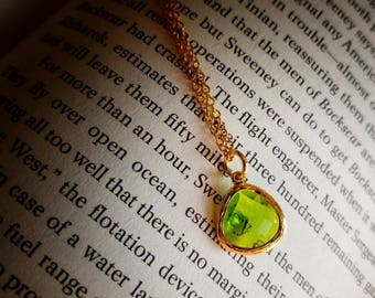 Gold plated Olivine faceted glass pendant necklace