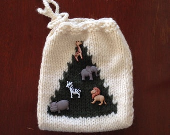 Knitted gift bag African theme