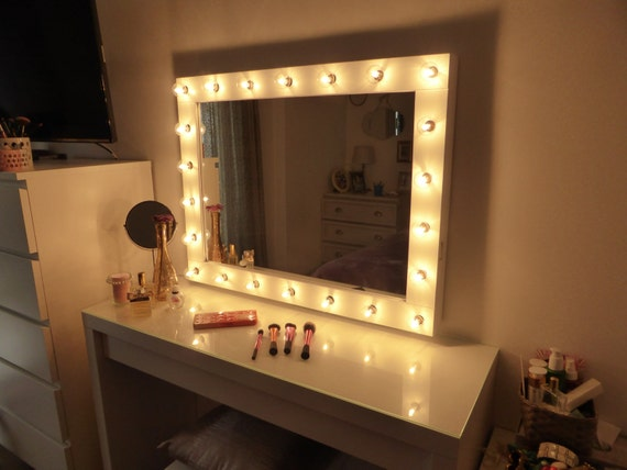 Hollywood lighted vanity mirror large makeup mirror with for Miroir hollywood ikea