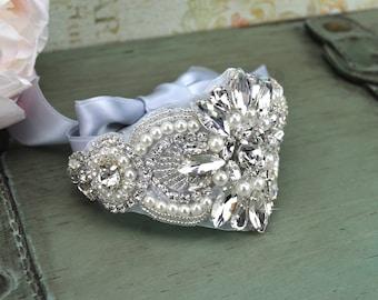 Crystal Bridal Cuff Bracelet, Rhinestone and Pearl Wedding Cuff, Jeweled Silver Wedding Cuff, Prom Bridesmaid Gift, CU-003S