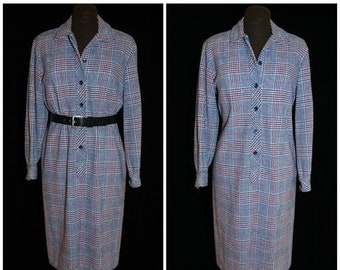 ON SALE Vintage 70's Plaid Shirt Dress / from Country Miss / Glen Plaid, Button Front / Size Med-LG