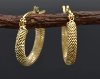 AS01 Italian 14k Solid Yellow Gold Textured Hoop Earrings. 15MM