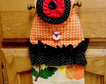 Free Shipping... Red YOYO Flower and Polka Dot Ruffle on Colorful Dish Towels...Hostess GIft