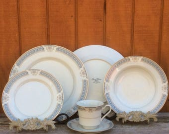 27pc Dinnerware Set Ivory China by Mikasa L2808 Lexington   6 Dinner Plates - 6 Salad Bowls - 6 Bread & Butter Plates - 5 Saucers -4 Teacups