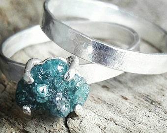 Blue Diamond Wedding Ring Set - Rough Diamond Engagement Ring - Bridal Set - Raw Diamond Ring - Silver Engagement Ring - Crystal Ring