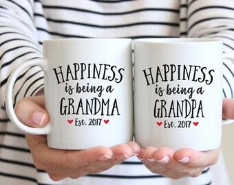 Pregnancy Announcement Grandparents Pregnancy Reveal to Family New Grandparents Gift New Grandpa Gift Grandma Gift Grandparents Mugs Red