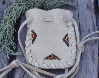 Leather drawstring pouch , Beaded medicine pouch , Keepsake bag , Drawstring bag , gift bag , Small gift