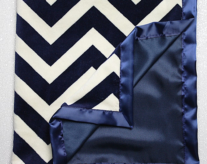 "READY TO SHIP Minky, 24""x24"" tiny blanket, stroller blanket, soft blanket, navy and cream, baby blanket, baby boy, navy chevron, minky lovie"