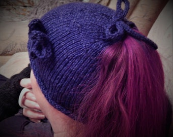 Ponytail hat, Messy bun hat, ponytail beannie,knitted pony tail hat
