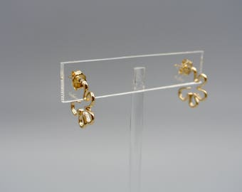 Mother's day sale 20% off! gold open flower Earrings, Yellow gold hoop earrings,  Gold  flower hoop earrings, Gold earrings.