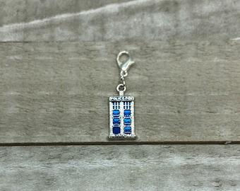 TARDIS Dr. Who!!  Crochet / Knitting Stitch Marker / Zipper Pull - single