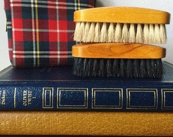 Vintage clothing brushes/shoe shine brush/travel case/1960/plaid/travel kit/dapper/