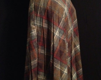 Alfred Paquette Pleated Plaid Skirt
