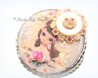 Big Eye Girl Doll Brooch Sugary Sweet Girly Resin Soldered Pin Doll Collector Gift