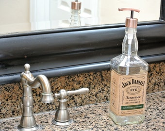 Hard to Find Jack Daniels Rye Whiskey Soap Dispenser / Jack Daniels Decor Boyfriend / Glass Soap Dispensers Dish Soap Whiskey Gift