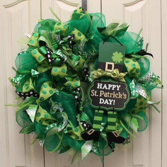 st patrick 39 s day sparkle deco mesh wreath leprechaun. Black Bedroom Furniture Sets. Home Design Ideas