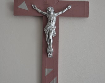 Crucifix cross wall decor modern triangle