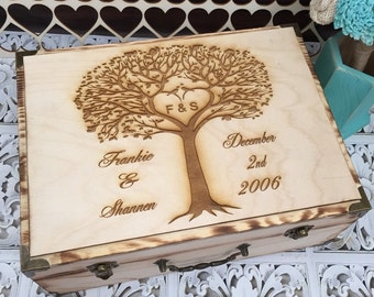 Wedding Guest Book, Rustic Wedding Box, Personalized Wooden Box, Keepsake Box, Bridal Shower