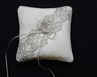 Ring Bearer Pillow White Silver / silver lace on white