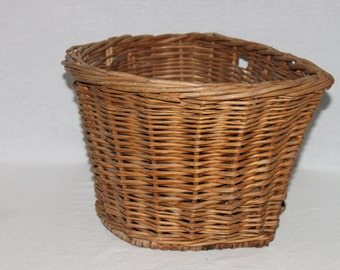 Vintage 1940s Wicker Bicycle Basket, Wicker Basket