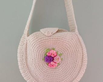 Posy promises handbag | 1970s handmade shoulder bag | 70s white knitted round purse