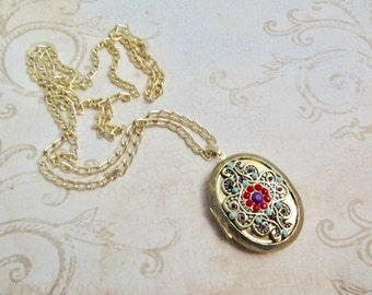 Locket Pendant Necklace, Vintage Photo Locket Pendant, Long Chain Necklace, Gifts Under 20