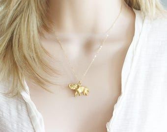 Vintage Tiny Elephant Necklace Elephant Necklace Vintage Jewelry Elephant Pendant