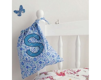Sara Drawstring Bag Sewing Pattern Download (803923)