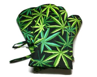 Handmade Oven Mitts set of 2 Pot Leaves Alexander Henry Herb Marijuana