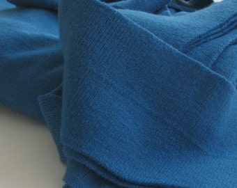 vintage BLUE SWEATER KIT, enables you to make one of seven styles of sweater, size large