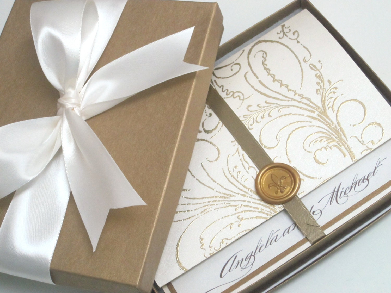 Boxed Wedding Invitations Wholesale: Boxed Wedding Invitation Regal Cream Marie Antoinette
