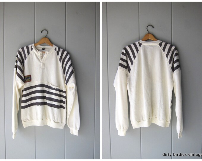 80s raglan sweatshirt slouchy white grey striped sweatshirt ATHLETICS Sports Sporty pullover shirt COED Size Large