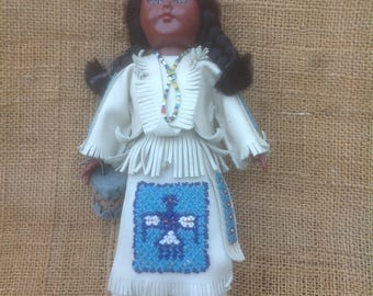 Carlson Native American Squaw Doll with Papoose