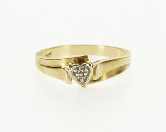 10k Diamond Inset Heart Raised Freeform Design Ring Gold