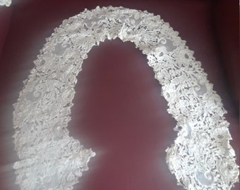 Vintage White Collar Hand Made