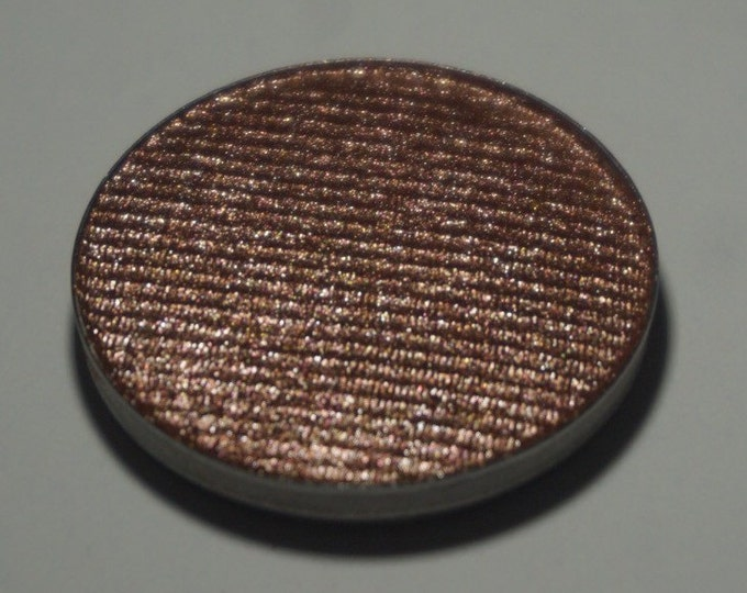 The Huntsman - metallic bronze with hints of mauve pressed eyeshadow