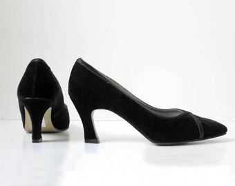1990s vintage black velvet high heel pump shoes us 7.5 8