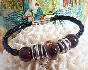 Bracelet minimalist man, Brown and black bracelet, black faux leather cord, Brown and silver bead, jewelry gift for coworker, Christmas gift