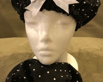 Mommy and Me polka dot bow bonnet
