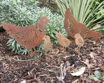 Rusty Metal Chicken & Easter Chicks / Easter Gift / Easter Chicken Garden Decor / Chicken gift / Metal Chicken/ Metal Garden Ornament