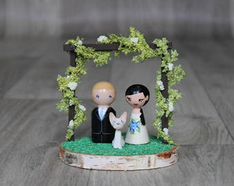 Cake topper with dog: Bride and groom cake topper, Garden wedding decor, Peg doll cake topper, Wooden cake topper - Outdoor wedding arch