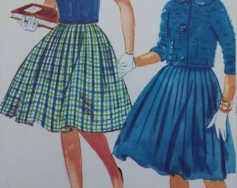 UNCUT and FF Pattern Pieces Vintage McCalls 5566 Sewing Pattern Size 14 Bust 33 Dress, Jacket, and Vest