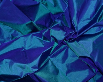 Fine Indian Silk Taffeta in peacock blue, Fat quarter -TF 37.