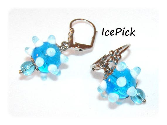Kind of Designer [IcePick] blue/white earrings