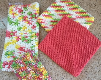 Crochet Kitchen Combo Package of Dish Cloth, Dish Scrubbie and Two Potholders, Trivets, Hot Pads