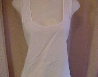 Vintage 1930s, White Cotton Full apron   Has pocket.   #3365