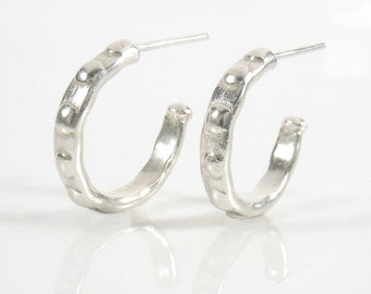 Sterling silver dots hoop studs for daily wearing, casual hoops.Can be done oxidized or shiny white. Silver dots  hoop post earrings.