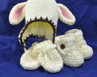 Lamb Hat, Booties and Mittens, in size 0 to 6 months