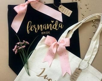 BRIDESMAID GIFT TOTE / Bridesmaid Bag / Bridesmaid Gift / Monogram Tote / Monogram Wedding / Wedding Gift / Bridesmaid Tote / Name tote